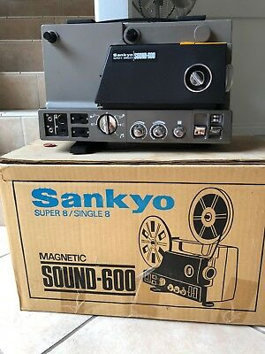 Movie Projector Sanyo Super 8/single 8 Magnetic Sound 600