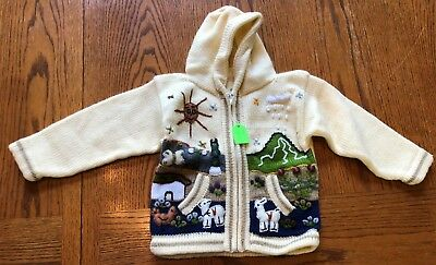 Child's knitted sweater - size 4 - with hood and 2 pockets  Zipper in front
