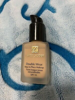Estee Lauder Double Wear Foundation Farbe Desert Beige