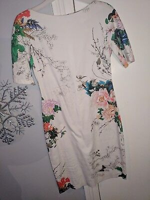 Zara Woman Size L off White and Floral po Beautiful Dress Mid Length 💄👠🍸💄