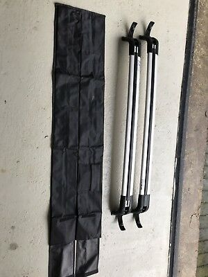 Genuine Land Rover Discovery 3 / 4 Roof Bars in Silver.