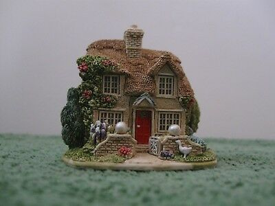 """Lilliput Lane Cottages L2443 """"Mother of Pearl"""" New - Mint in box with deed."""