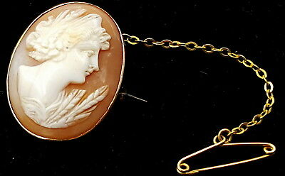 Pinchbeck Victorian Cameo Brooch 19th century