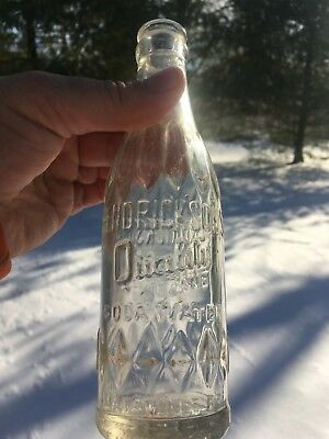 Hendrickson's Quality Soda Water Maysville Ky. Crown Top Soda Bottle