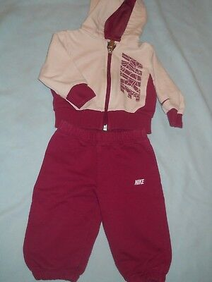 the best attitude 34ade 1f36e Ensemble Survêtement jogging Nike bordeaux et blanc 3-6 mois fille