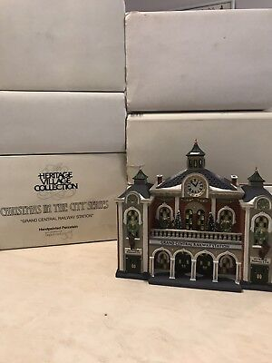 Dept 56 Christmas in The City Grand Central Railway Station Heritage Village