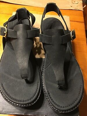 a712d01a1c6 New Teva Women s Encanta Thong Sandals - Size 8- Black- Spring 2018!