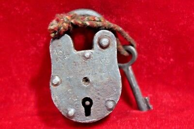 Vintage Collectible Old Iron Handcrafted Lock and Key Collectible BE-87