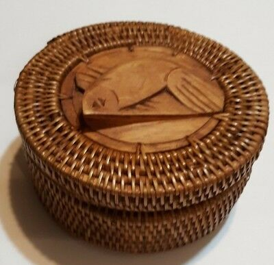 Washoe Native American  North American Indian Basket with lid and wood fish