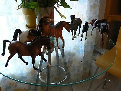 Collection of Breyer Horses: 5 Classic & 1 Traditional - See Item Description