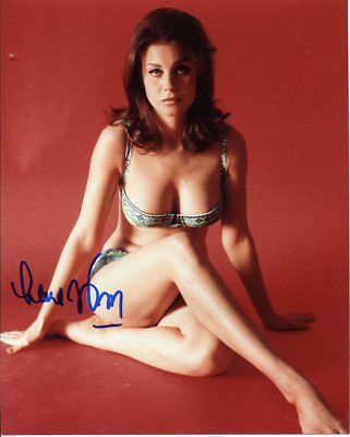 F43 Lana Wood Signed Photo Starred in Diamonds Are Forever