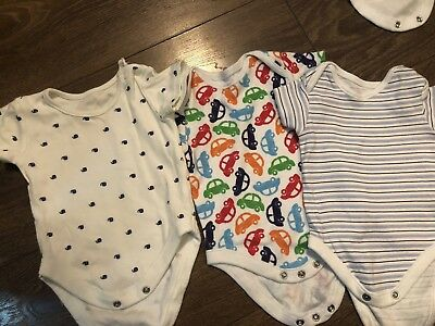 baby boy vests 0-3 months X 3
