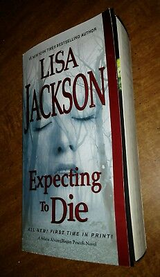 Expecting to Die by Lisa Jackson  Paperback Book 2017 1st printing