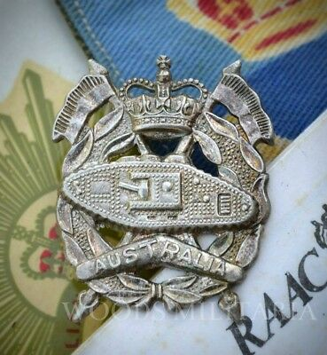 Vietnam period RAAC Royal Australian Armoured Corps hat badge