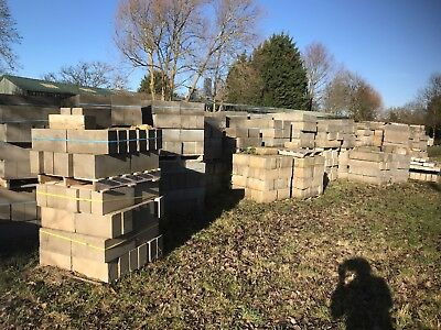 Solid Dense 7.3N 150mm Concrete Blocks Pallets