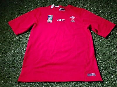 wales welsh rugby union cymru large mans world cup 2007 reebok home jersey