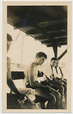 HANDSOME SWIMSUIT SOLDIER BOY EATING w BUDDIES vtg SHIRTLESS MEN photo GAY INT