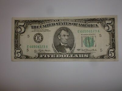 1977 $5 Five Dollar Bill Federal Reserve Note Old Currency Small Head