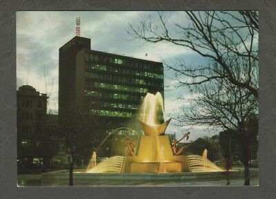 e2871)    POSTCARD OF ADELAIDE'S VICTORIA SQUARE FOUNTAIN IN SOUTH AUSTRALIA
