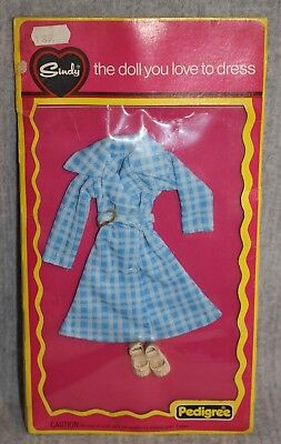 Sindy Pedigree About Town MOC Vintage Doll 70's MIP Carded Outfit Fashion