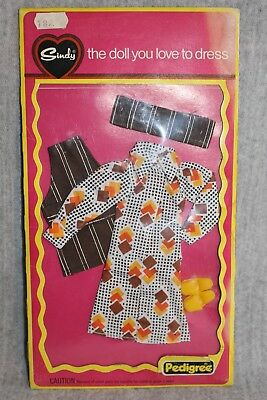 Sindy Pedigree Cook In MOC Vintage Doll 70's MIP Carded Outfit Fashion