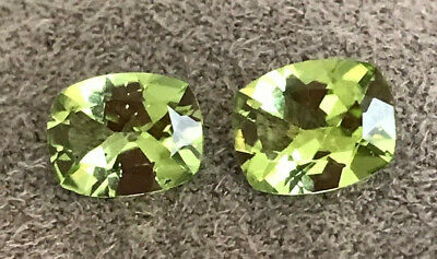 NATURAL UNTREATED PERIDOT STONES  2 TOP QUALITY, BEST APPLE GREEN COLOUR 2.5ct