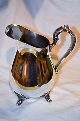 "Vintage Signed ""Wm Rogers 817"" Silver Plate Footed Beverage Water Pitcher"