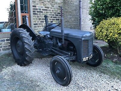 Grey fergie ferguson tractor TED diesel - Road registered with V5