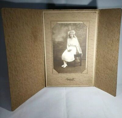 ANTIQUE CABINET CARD PHOTO FIRST COMMUNION GIRL w Blue eye's .