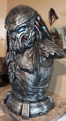PREDATOR ALIEN Life Size Figure Bust Statue Collectible SOLID CAST Height 43cm