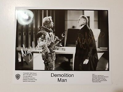 Wesley Snipes + Nigel Hawthorne Autograph *Demolition Man * Hand Signed 10X8