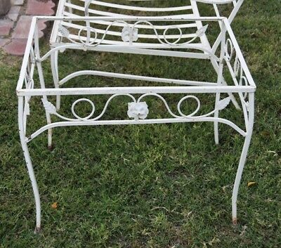 "VINTAGE WOODARD ""Chantilly Rose"" MID CENTURY WROUGHT  IRON PATIO END TABLE"