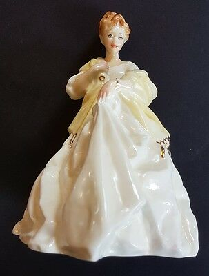 """Vintage Royal Worcester 7"""" Figurine """"First Dance"""" 3629 by Freda G.Doughty"""