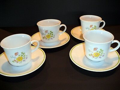 Set of 4 Corelle Meadow Cups and Saucers