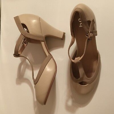 a397a46fb6aa WOMENS HEELS JOURNEE Collection