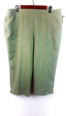 9c4a8beb161 Alfred Dunner Women s Size 18 Pull On Capri Pants Sage Green Classic Easy  Care
