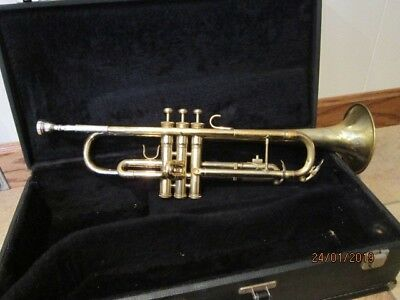King USA 601 Trumpet serial number 803896 Brass Musical Instrument In Case