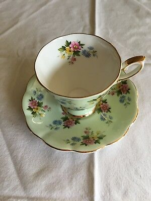 Royal Standard Fine Bone China England Cup & Saucer Light Green Floral Motif