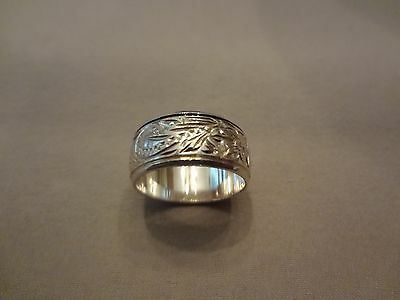 #288- Vintage Sterling Silver Ring With Detail-Very Nice-925--Size-5