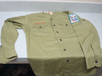 Vintage BOY SCOUTS OF AMERICA BSA Uniform Shirt   with patches