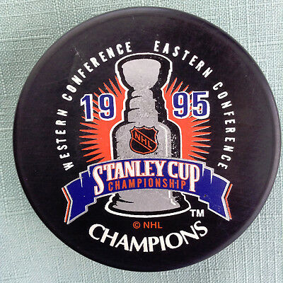 3e77b721f NEW JERSEY DEVILS 1995 NHL Stanley Cup Champions Commemorative Patch ...
