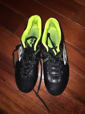 188cd3ba93bf Youth Umbro Classico 3 HGR JR Soccer Shoe Cleat Black Lime White