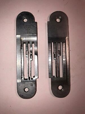 *Used* Genuine Singer Throat Plate 146860-012 (3/16) *Free Shipping*