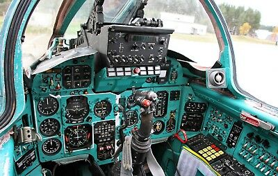 Russian Fighter MIG 31 Foxhound Cockpit Panel Picture