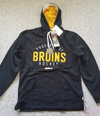 13758f555 NHL Boston Bruins CCM Vintage Casual Pullover Hoodie Black Gold Men s Size M