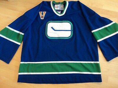 39f10c370 VINTAGE VANCOUVER CANUCKS CCM Center Ice Jersey Canuck Place NHL ...