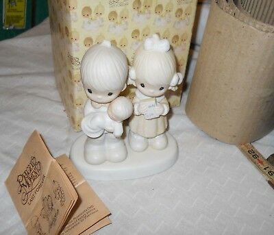 """Precious Moments """"Rejoicing with you"""" Porcelain Figurine E-4724 Couple with Baby"""