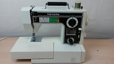 Retro Toyota sewing machine - model 6600 with foot pedal - AH 62042