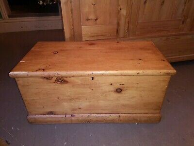 Victorian Antique Pine Blanket Box coffee table wooden trunk toy chest