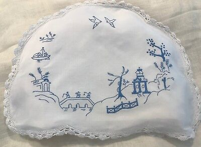 Vintage Willow Pattern Linen Tea Cosy Hand-Embroidery, Crochet